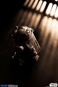 Gallery Image of R2-D2 Canister Pewter Collectible