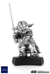 Gallery Image of Yoda Figurine Pewter Collectible