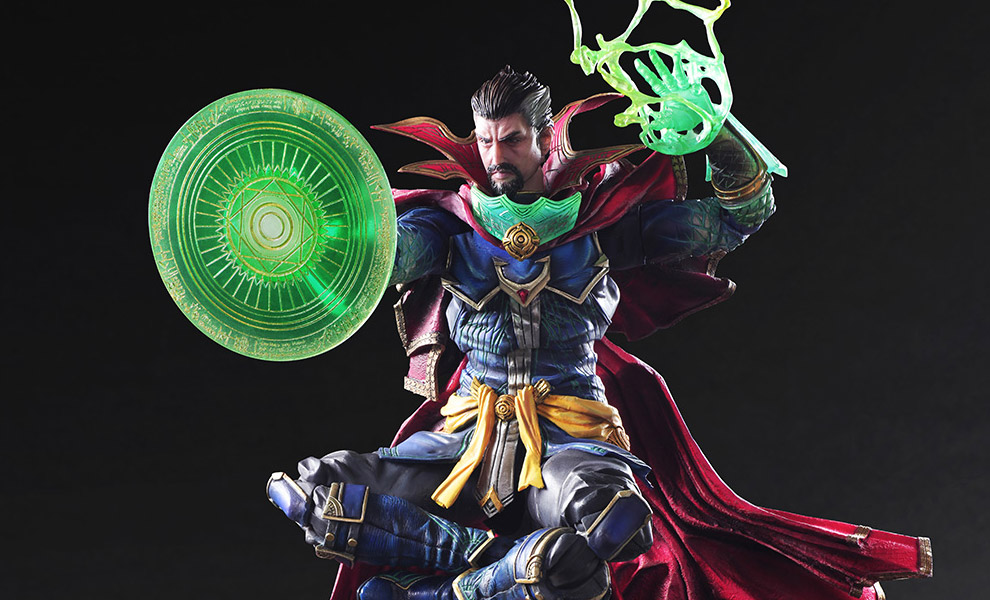Gallery Feature Image of Doctor Strange Collectible Figure - Click to open image gallery