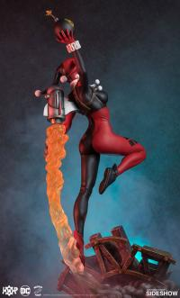 Gallery Image of Harley Quinn Maquette