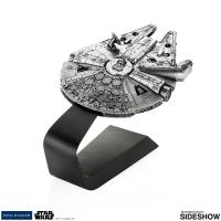 Gallery Image of Millennium Falcon Pewter Collectible