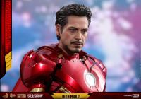 Gallery Image of Iron Man Mark IV with Suit-Up Gantry Collectible Set