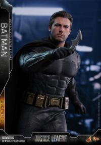 Gallery Image of Batman Deluxe Sixth Scale Figure