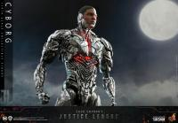 Gallery Image of Cyborg (Special Edition) Sixth Scale Figure