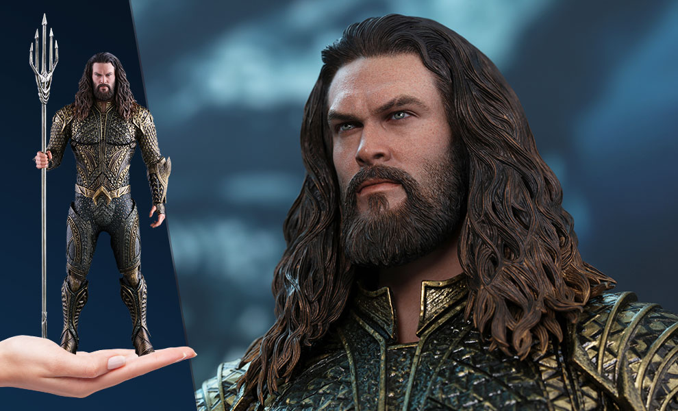 Gallery Feature Image of Aquaman Sixth Scale Figure - Click to open image gallery