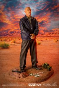Gallery Image of Mike Ehrmantraut Quarter Scale Statue