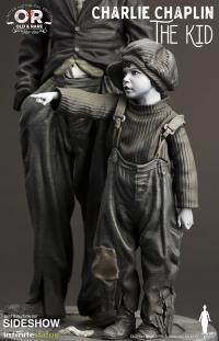 Gallery Image of Charlie Chaplin The Kid Statue