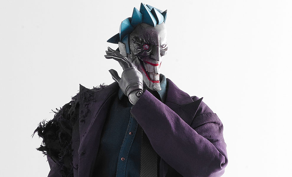 Gallery Feature Image of The Joker Sixth Scale Figure - Click to open image gallery