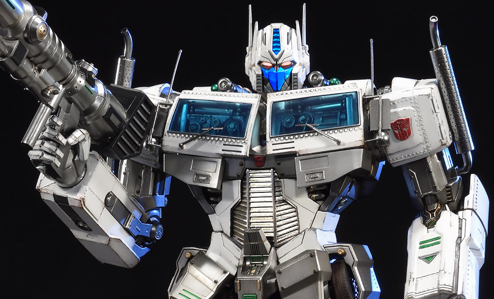 Gallery Feature Image of Ultra Magnus - Transformers Generation 1 Statue - Click to open image gallery