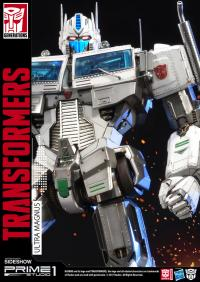 Gallery Image of Ultra Magnus - Transformers Generation 1 Statue