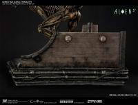 Gallery Image of Dog Alien Maquette