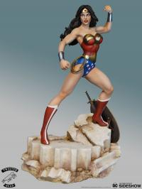 Gallery Image of Super Powers Wonder Woman Maquette