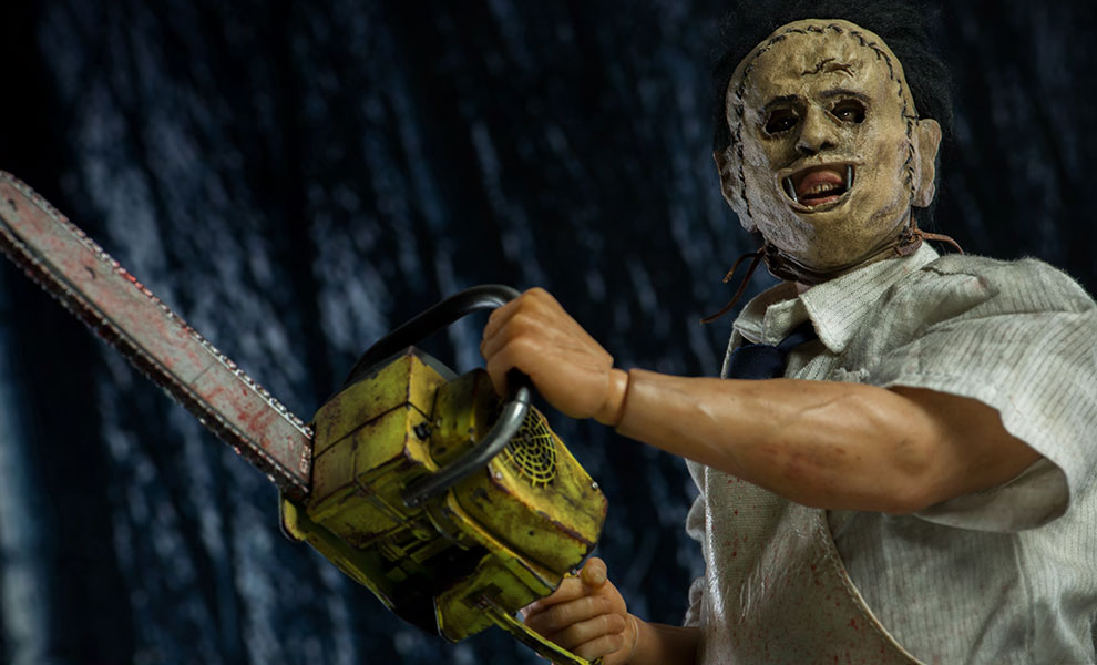 Gallery Feature Image of Leatherface Sixth Scale Figure - Click to open image gallery