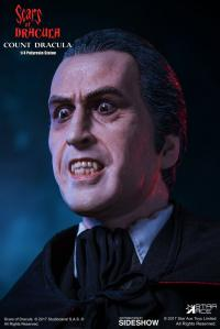 Gallery Image of Count Dracula Quarter Scale Statue
