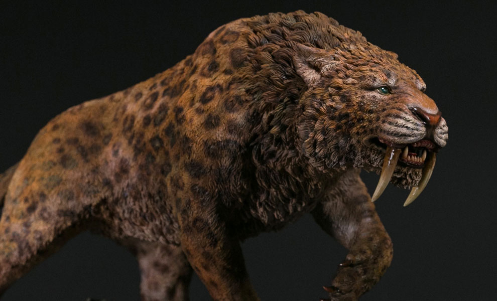 Gallery Feature Image of Smilodon Fatalis Wet Rainforest Version Statue - Click to open image gallery