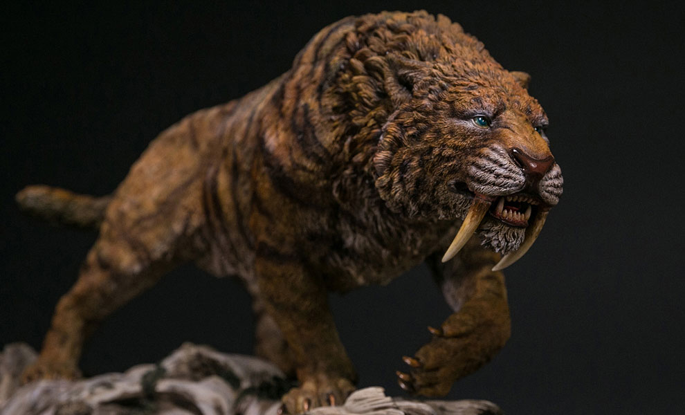 Gallery Feature Image of Smilodon Fatalis Dry Gobi Desert Version Statue - Click to open image gallery