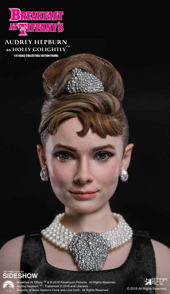 63f0fb148d76 Breakfast at Tiffanys Audrey Hepburn as Holly Golightly Sixt ...