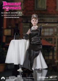 Gallery Image of Audrey Hepburn as Holly Golightly Deluxe Version Sixth Scale Figure
