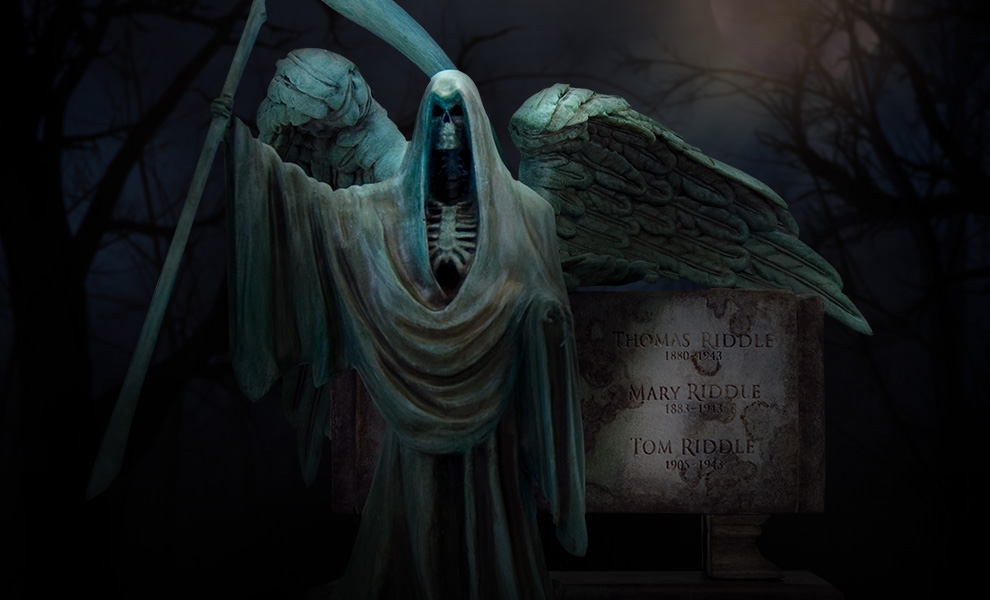 Gallery Feature Image of Harry Potter Riddle Family Grave Monolith Statue - Click to open image gallery
