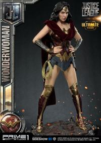 Gallery Image of Wonder Woman Ultimate Version Statue