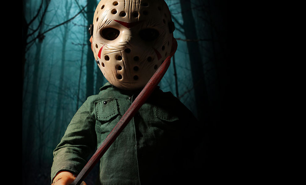 Gallery Feature Image of Mega Jason with Sound Collectible Figure - Click to open image gallery