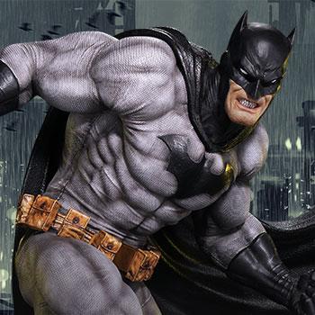 Batman (Black Version) Statue