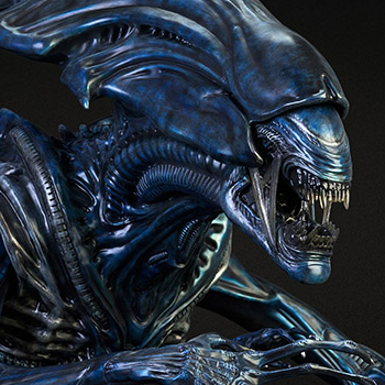 Alien Queen Alien VS Predator Bust