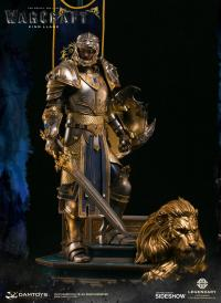 Gallery Image of King Llane Statue