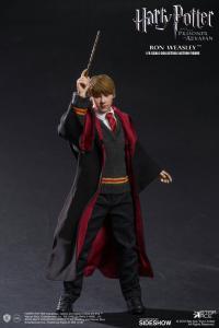 Gallery Image of Ron Weasley Deluxe Sixth Scale Figure