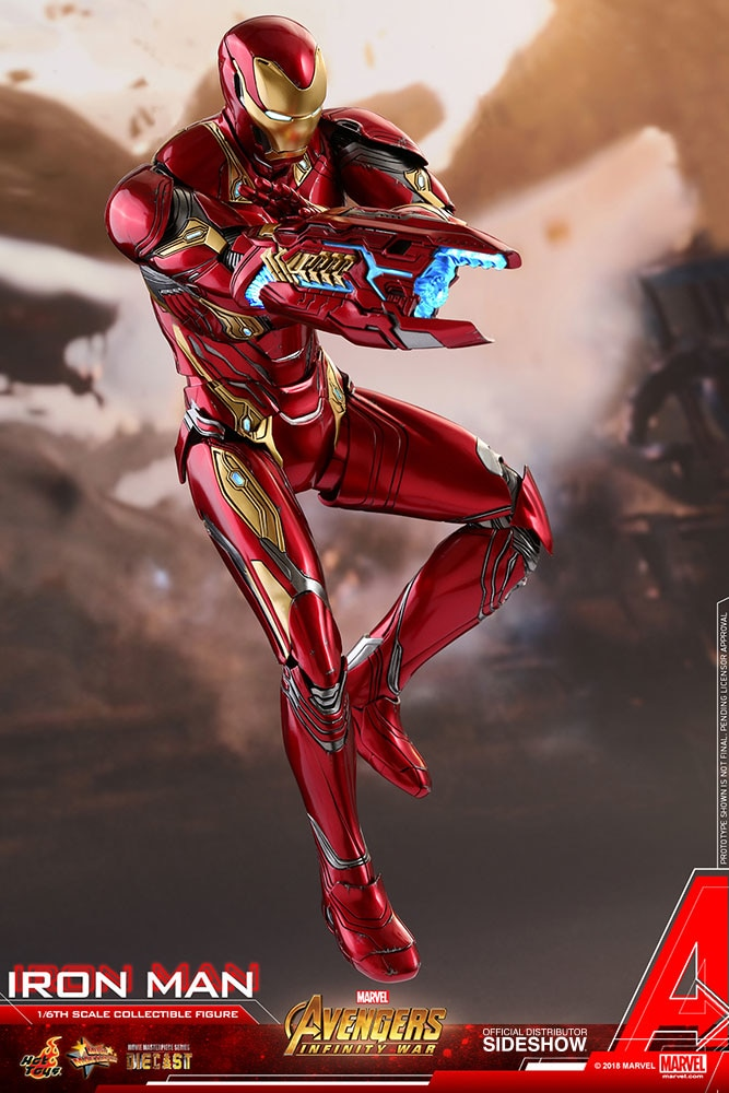 Marvel Iron Man Sixth Scale Figure by Hot Toys