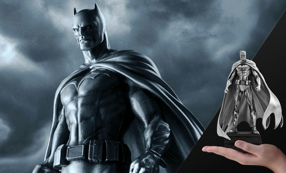 Gallery Feature Image of Batman Figurine Pewter Collectible - Click to open image gallery