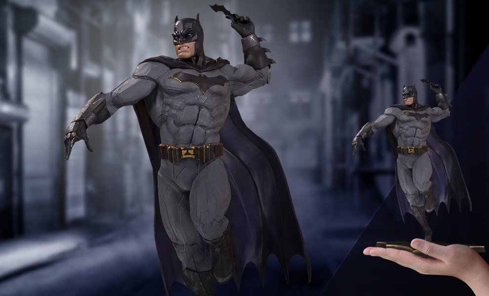 Gallery Feature Image of Batman Statue - Click to open image gallery