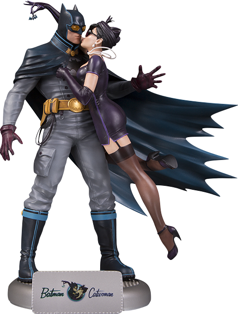 DC Collectibles Batman and Catwoman Deluxe Statue