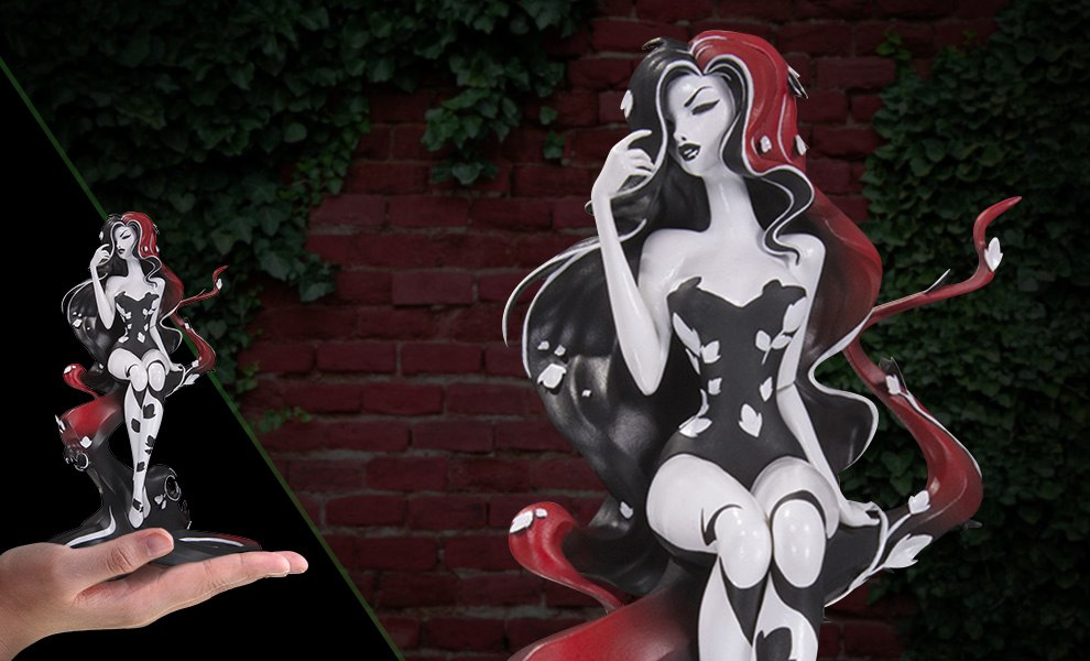 Gallery Feature Image of Poison Ivy Vinyl Collectible - Click to open image gallery