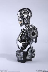 Gallery Image of Endoskeleton Bust