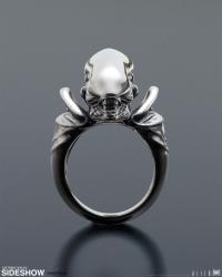 Gallery Image of Alien Big Chap Silver Ring Jewelry