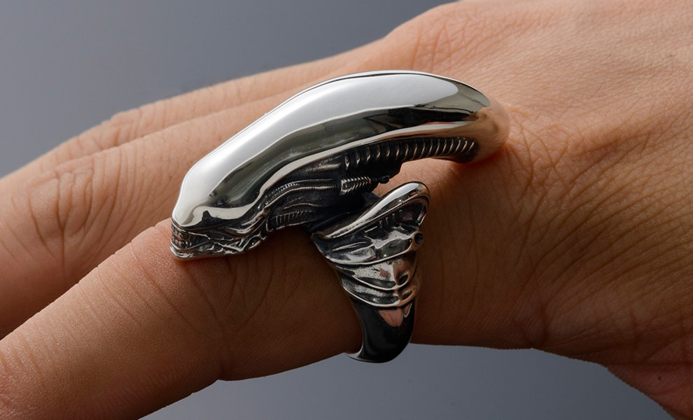 Gallery Feature Image of Alien Big Chap Silver Ring Jewelry - Click to open image gallery