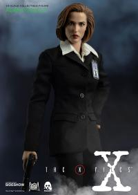 Gallery Image of Agent Scully Deluxe Version Sixth Scale Figure