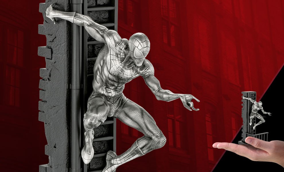 Gallery Feature Image of Spider-Man Figurine Pewter Collectible - Click to open image gallery