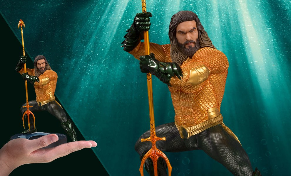 Gallery Feature Image of Aquaman Statue - Click to open image gallery