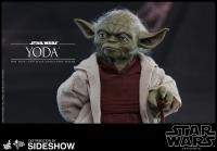 Gallery Image of Yoda Sixth Scale Figure