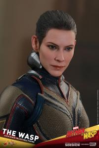 Gallery Image of The Wasp Sixth Scale Figure