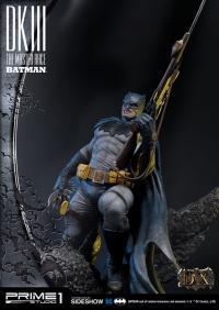 Gallery Image of Batman Deluxe Version Statue