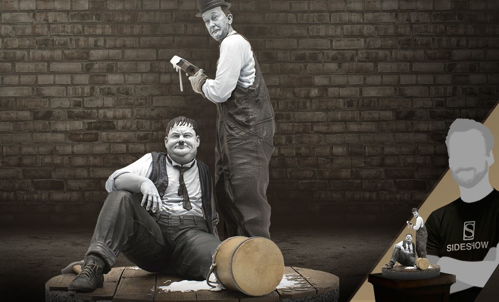 Gallery Feature Image of Stan Laurel and Oliver Hardy Statue - Click to open image gallery