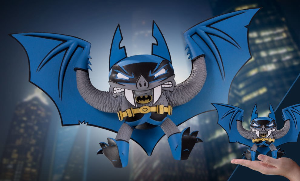 Gallery Feature Image of Batman Vinyl Collectible - Click to open image gallery