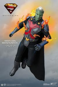 Gallery Image of Martian Manhunter Deluxe Collectible Figure