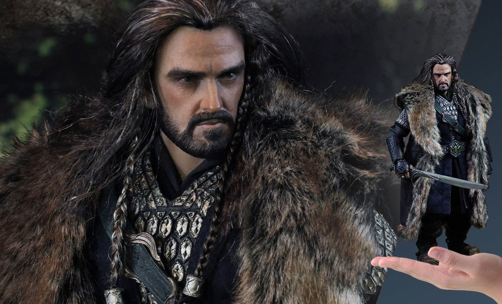 Gallery Feature Image of Thorin Oakenshield Sixth Scale Figure - Click to open image gallery