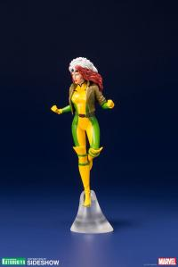 Gallery Image of Gambit and Rogue Two-Pack Set Statue
