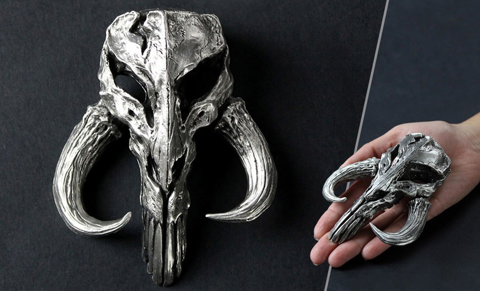 Gallery Feature Image of Mandalorian Skull Pewter Mini Sculpture Statue - Click to open image gallery