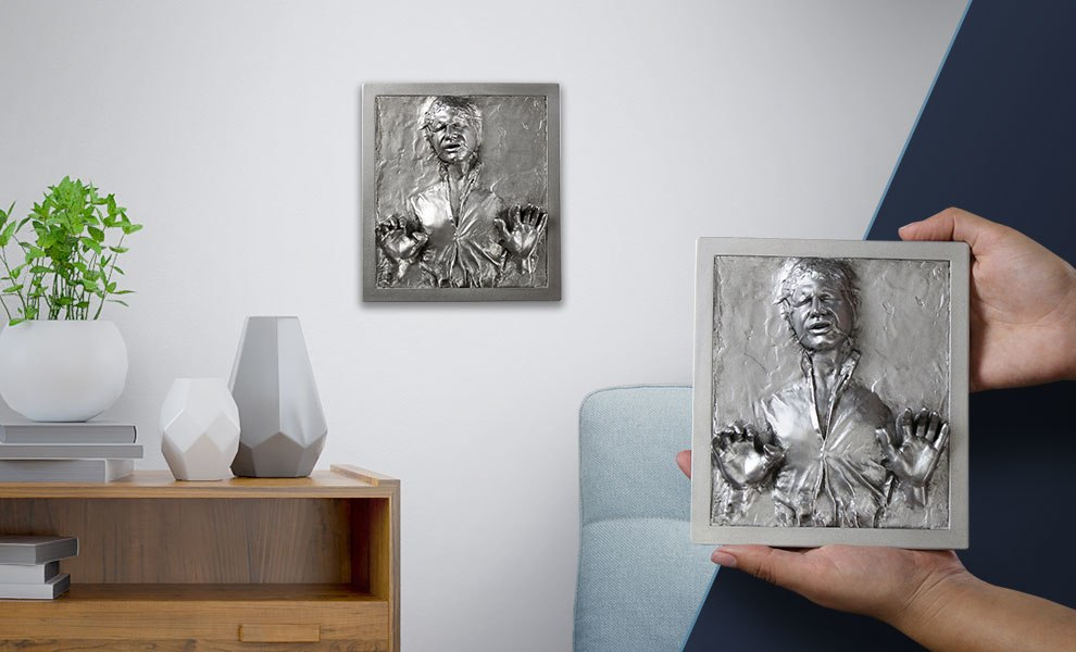 Gallery Feature Image of Han Solo in Carbonite Mini Plaque Statue - Click to open image gallery
